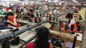 Muncitori industria usoara 4