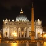 Basilica_di_San_Pietro_(notte)