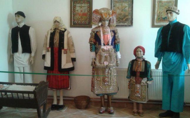 costum-bulgaresc-banat-2