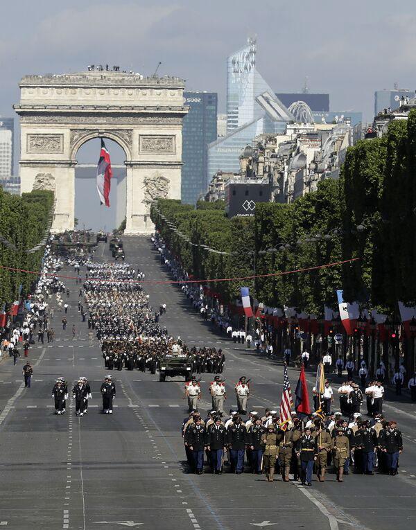 parada-militara-paris