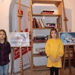 Tablouri de iarnă realizate de copii expuse la Biblioteca Județeană de la Bastion (5)