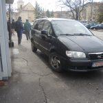masini parcare trotuar (10)