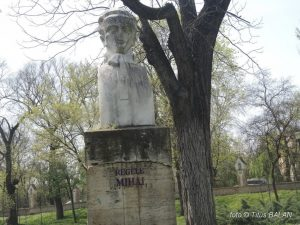 statuie-traian-grozavescu_2-1024x768