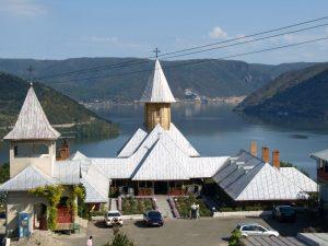 Manastirea-SF-Ana-Orsova